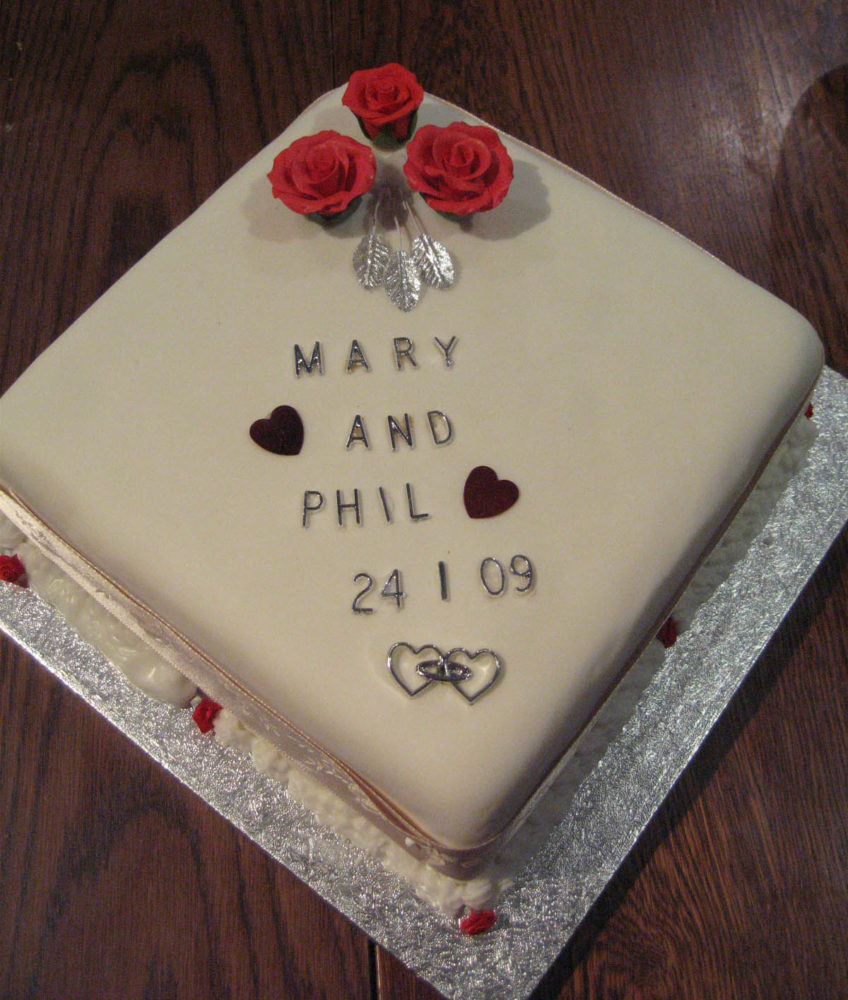Mary & Phil's wedding cake, by Jean